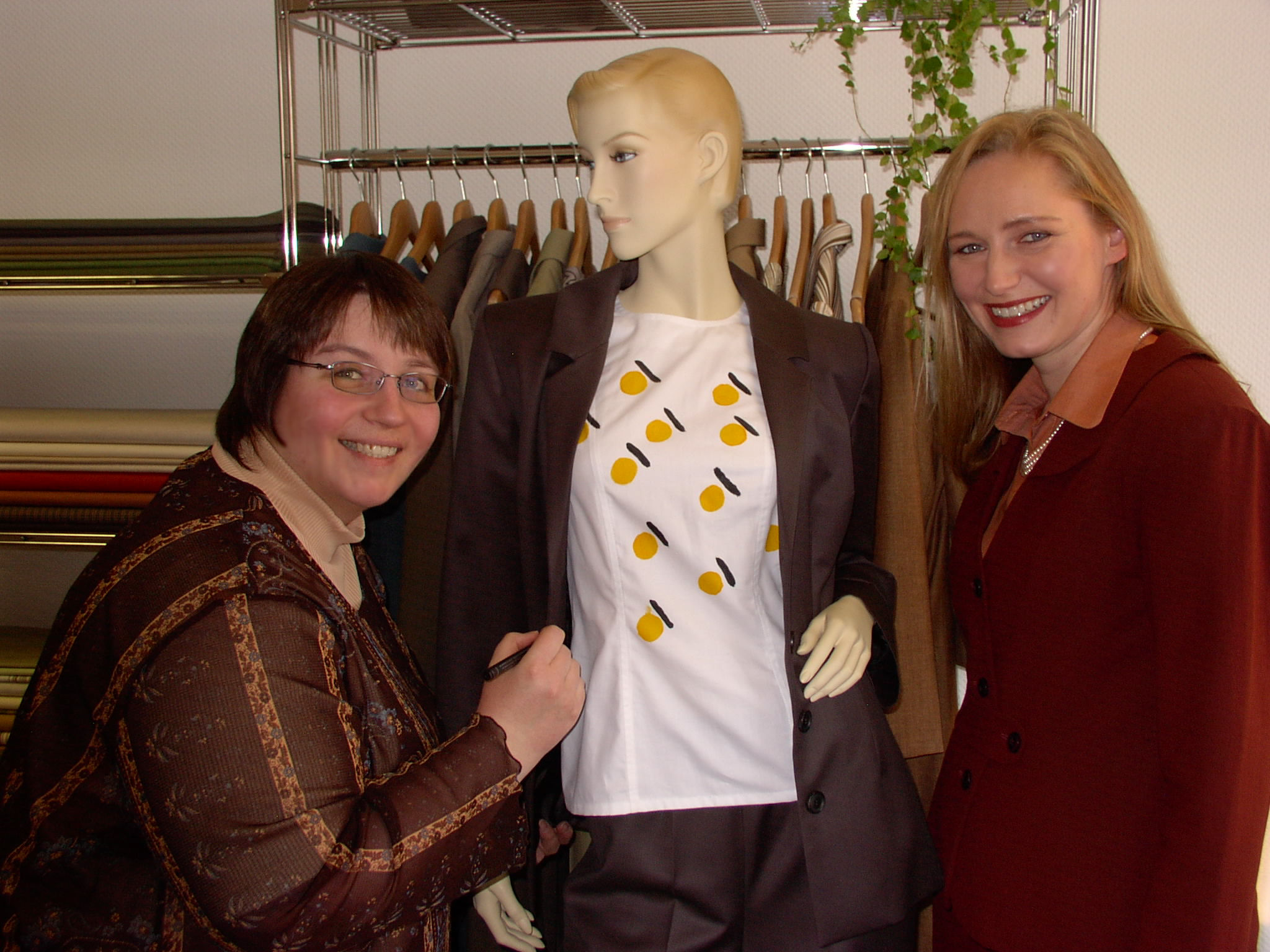 Ausstellung Ute Hunger Moden, Bietigheim 2006