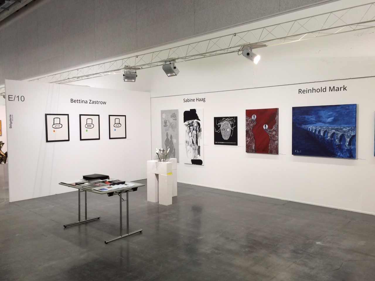 Stand der Stilgalerie auf der Kunstmesse Art Innsbruck 2015
